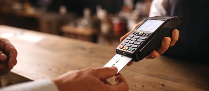 6. Utilize o cartão de crédito de forma inteligente